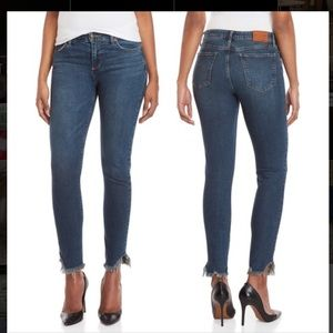 Mid rise Lucky brand jeans